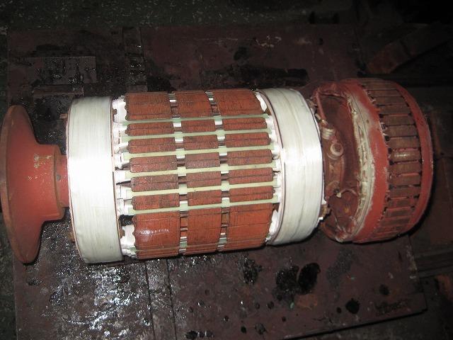船舶用発電機整備